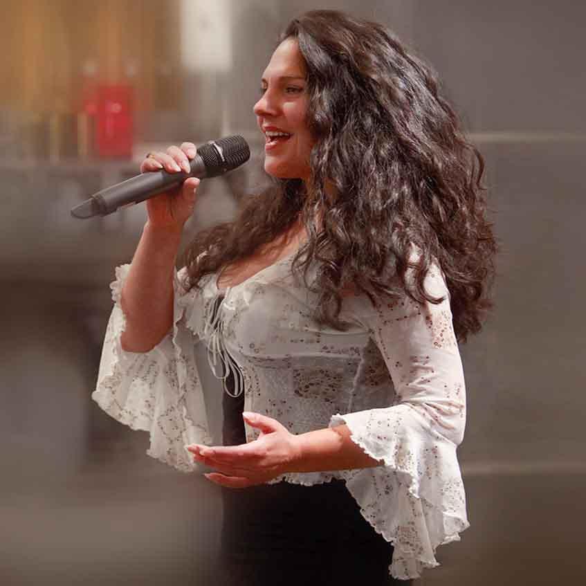 Sängerin für Kirche
